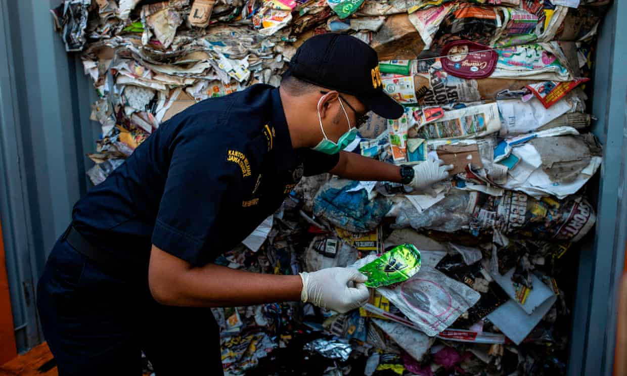 Indonesia sends rubbish back to Australia and says it's too contaminated to recycle